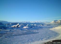Bond - Die Another Day - Iceland (56)