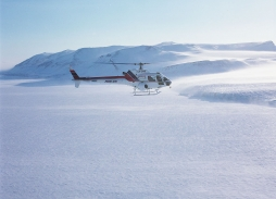 Bond - Die Another Day Spitzbergen (16)