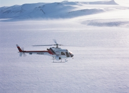Bond - Die Another Day Spitzbergen (36)